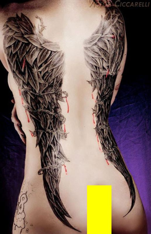 tatuaże skrzydła dla kobiety
