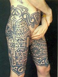 tatuaże na udach