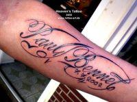 tatuaże czcionki