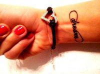 tatuaże napisy 49365