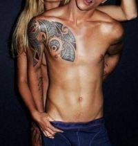 polinezyjski wzór tatuażu męski