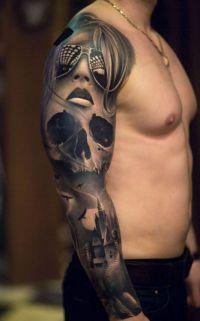 czaszka i kobirta w okularach tatuaże na ręce