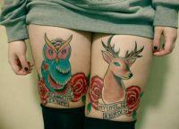 sowa i jeleń - tatuaże na udach