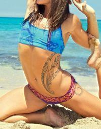 tribal tatuaż na żebrach